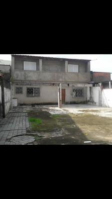 Casa 4 Quartos 3 Banheiros