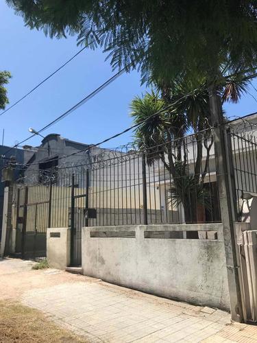 Dueño Vende Ph 3 Casas En La Blanqueada, Con Renta