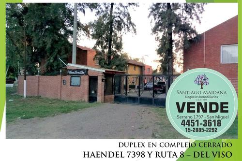 Duplex En Del Viso En Complejo Cerrado