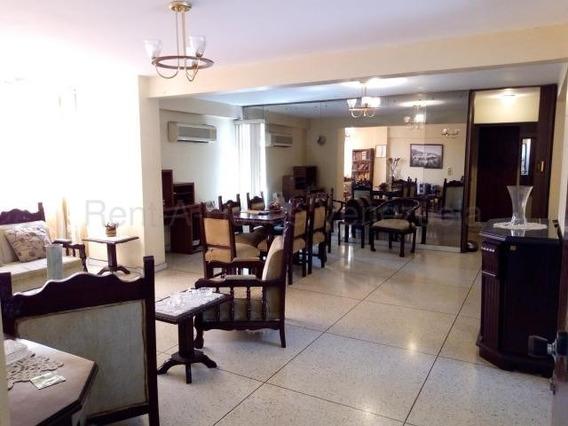 Apartamento En Venta Urb El Centro Mls 20-9218 Jd