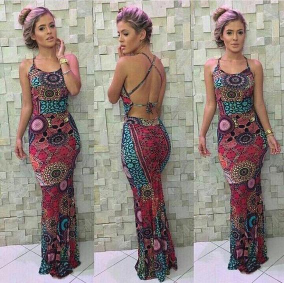 Vestido Comprido Decotado Com Fenda Shorts E Bojo Estampado