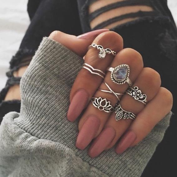 Kit Com 7 Anéis Em Metal Femininos Cor Prata E Pedrarias