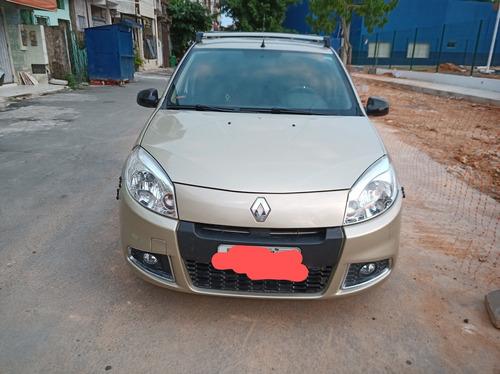 Imagem 1 de 11 de Renault Sandero 2012 1.0 16v Expression Hi-flex 5p