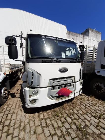 Caminhão Ford Cargo 2423 Ano: 2013