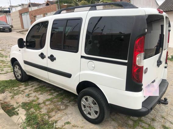 Fiat Doblo 1.8 16v Essence Flex 5p 2013