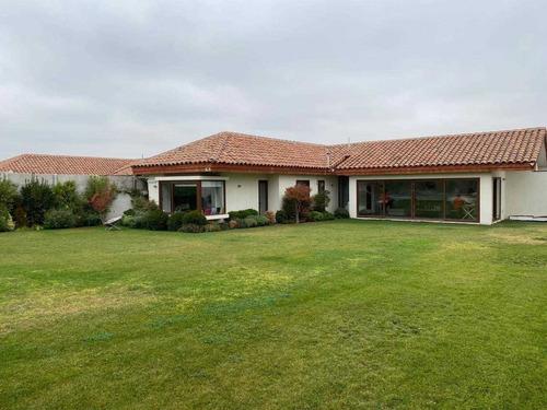 Hermosa Casa Quinta Socovesa