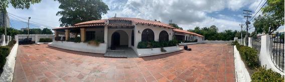 Casa En Arriendo En El Barrio El Prado.