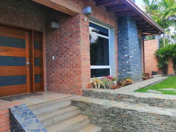 Se Vende Casa 900m2 4h+s/5b/6p Cumbres De Curumo