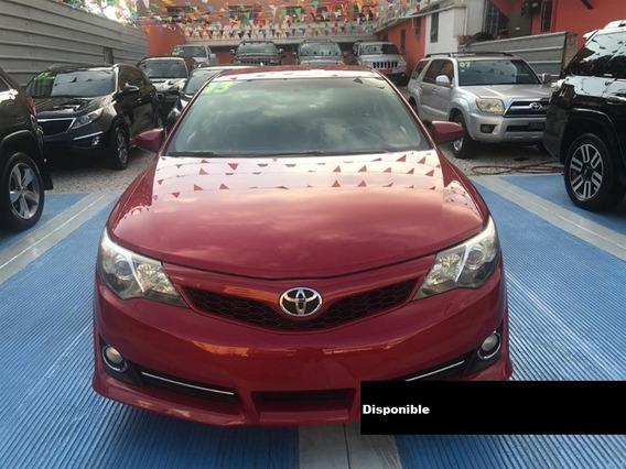 Toyota Camry 13 Rojo