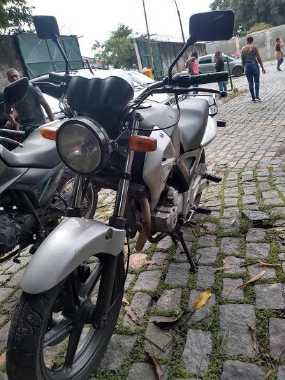 R$ 4.500 Honda/cbx 250 Twister Ano 2005 Prata