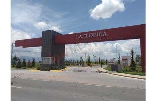 Casa En Venta En Fraccionamiento La Florida, Estado De México