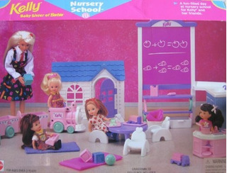 Barbie Kelly Guarderia Playset W Pizarron Fregadero Tren Y M
