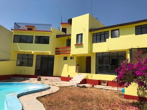 Casa En Privada En Lomas De Tetela / Cuernavaca - Via-274-cp