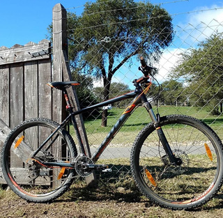 Bicicleta Scott Scale 710 27.5 Shimano Deore Xt 30v Rockshox