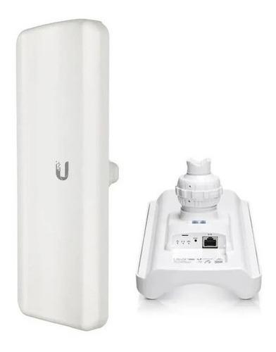 Imagem 1 de 4 de Ubnt Lap-gps-br Liteap Ac 17dbi 5ghz 450+ Mbps