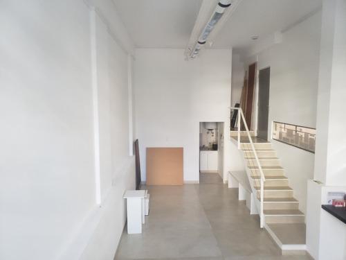 Divina Oficina, Local, Studio, Con Cochera Fija Cubierta