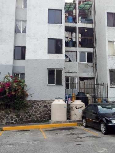 Departamento Semi-remodelado En Venta En Lomas De Cortés