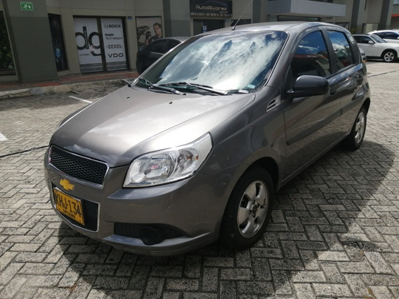 Chevrolet Aveo Emotion Cinco Puertas Full 2011
