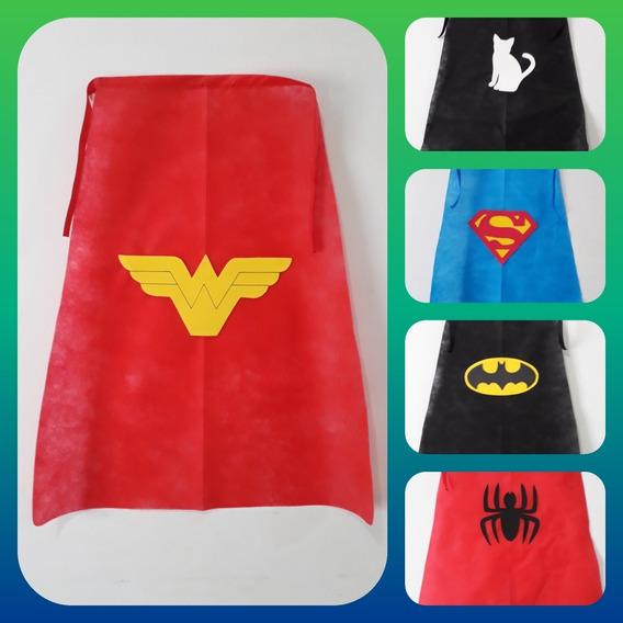 Capas Super Heroes C/u $45 Por 18 $810