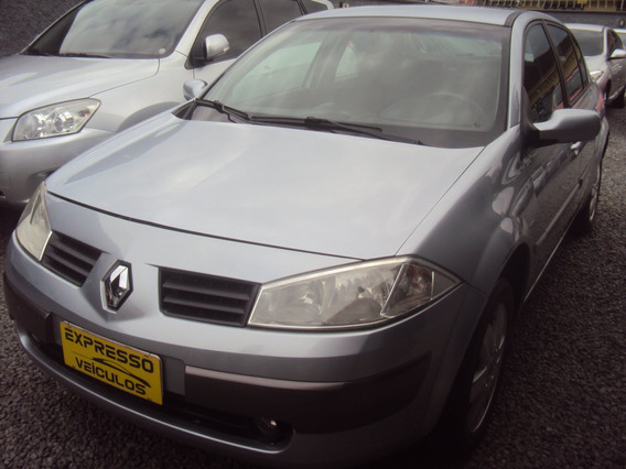 Renault Mégane 1.6 Dynamique Grand Tour 16v Flex 4p Manual