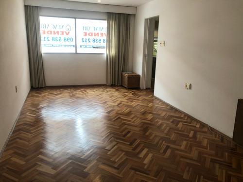 2 Dormitorios Piso 7 Sobre Calle Colonia Opción Garage