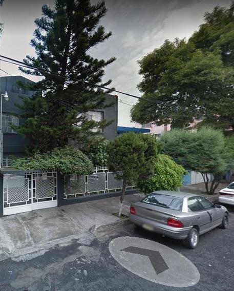 Casa En Venta/remate Bancario En Col Claveria !!!