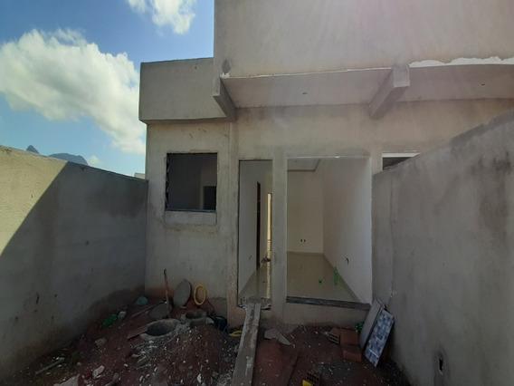 Casa Linear Com Quintal A Venda Em Rio Das Ostras - 747 - 68298036