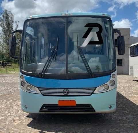 Onibus Rodoviário Motor Dianteiro Mb Comil Versatile Of1722