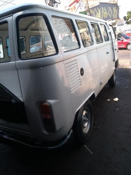 Volkswagen Perua Kombi