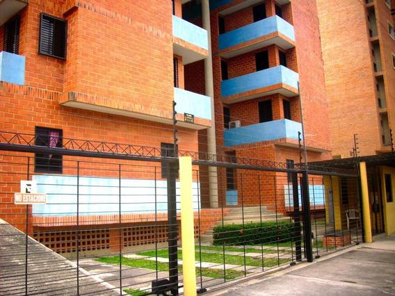 Apartamento En Venta Urb. San Jacinto- Maracay 20-21897ejc
