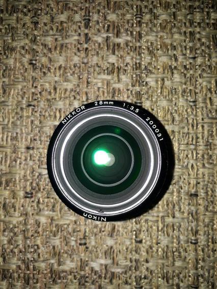 Objetiva Nikon 28mm F/3.5 Ic