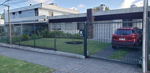 Dueño Vende Casa Punta Gorda Carrasco. Padrón Único 3d Y 3b