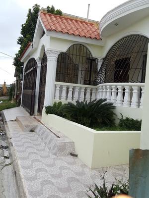 Amplia Casa En Alquiler En La Autopista De San Isidro