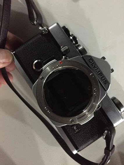 Câmera Olympus Om-1 Com Lentes Vivitar 49mm E 200mm