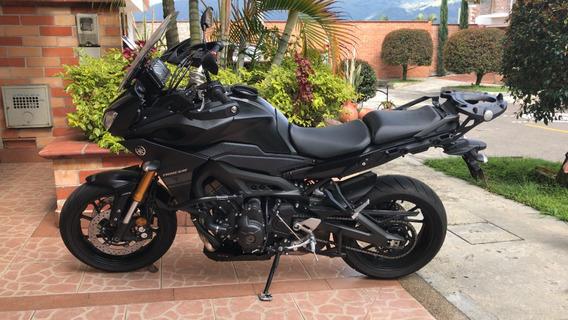 Yamaha Mt-09 Tracer Negra Con Upgrades