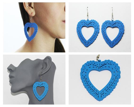 Aretes Moda Dama Madera Corazón Azul Con Garigoleados Ar389