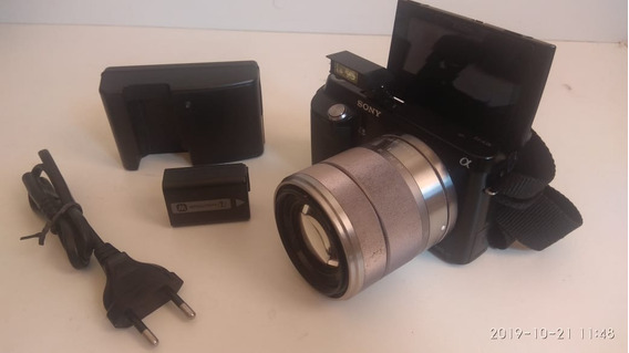 Câmera Profissional (mirrorless) - Sony - F3 - Nex - Usada
