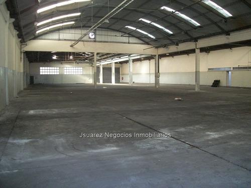 J.s.  Local Industrial En La Teja