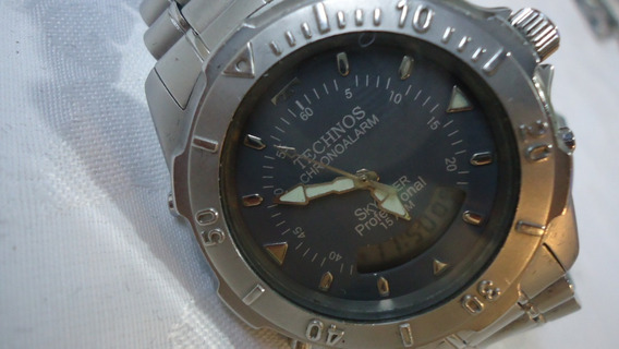 Relógio Technos Chrono Alarm Skydiver Professional 15atm