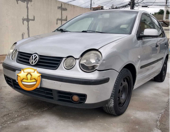Volkswagen Polo 1.6 Total Flex 5p 2005