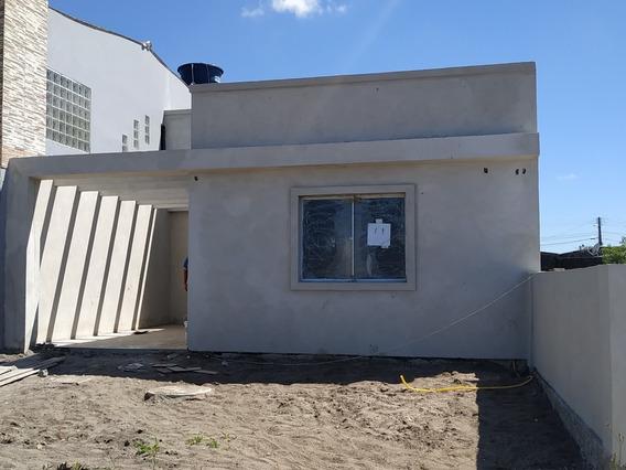 Casa Construção Nova, Nunca Habitada, 2 Dormitórios