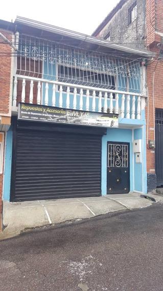 Casa En Venta Ubicación: Pasaje Cumaná Entre Calle 15 Y 14