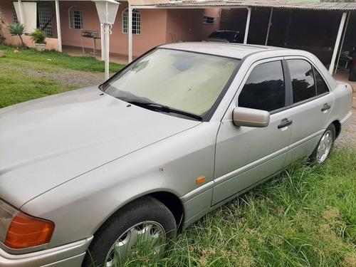 Imagem 1 de 7 de Mercedes Benz C220 2.2 1995 Aut  C220 Aut