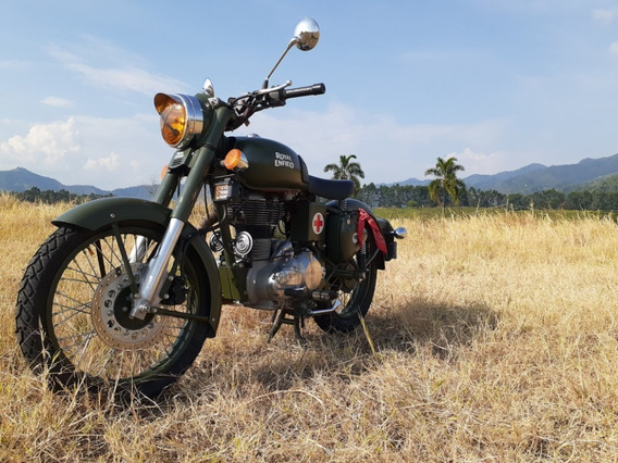 Royal Enfield Classic 500 Green Battle