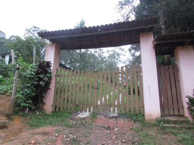 Chácara Fundos Pllago Comunitario/pomar/gramado/ref: 04571
