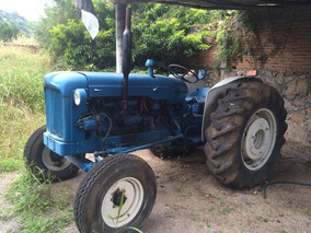 Tractor Fordson 1956