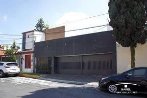 Casa Remodelada En Calle Cerrada Con Vigilancia, Cav-4033