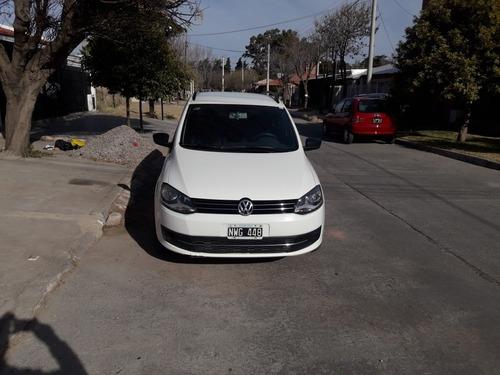 Imagen 1 de 8 de Volkswagen Suran 1.6 Comfortline 101cv Ab 2014