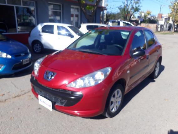 Peugeot 207 1.4 Xr 2010