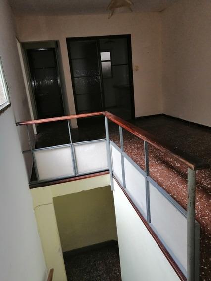 Alquilo Apartamento Microcentro